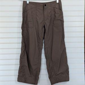 Mountain Hardware Capri Pants